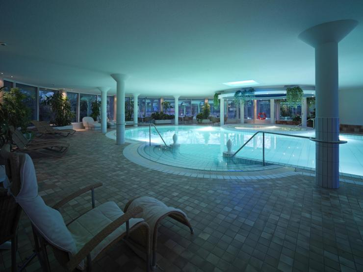 ruissalospa-hotel-pools-8
